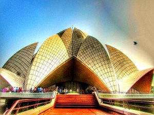 Interesting And Unknown Facts About Lotus Temple In Delhi