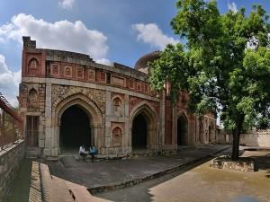 Jamali Kamali Mosque And Tomb In Delhi History Attractions And Specialities