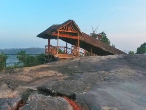 Madavoorpara Ancient Rock Cut Shiva Temple And Park Attractions Specialties And How To Reach