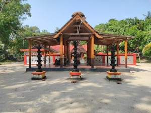 Muzhangodi Kavu Devi Temple Kayamkulam Alappuzha History Attractions Specialties And How To Reach