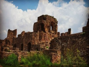 Interesting And Unknown Facts About Golconda Fort The Shepherd S Hill In Hyderabad