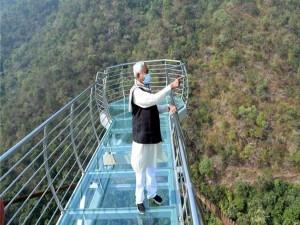 Rajgir Glass Skywalk Bridge In Bihar Attractions And Specialties