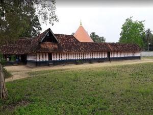 Tirunettur Mahadeva Temple In Vyttila Ernakulam History Specialties Timings And How To Reach
