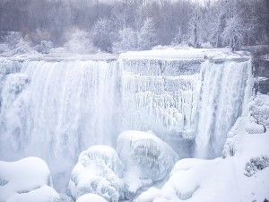 Cold Wave Hits Niagara Falls Temperature Drops To 12 To 30 Degrees Fahrenheit