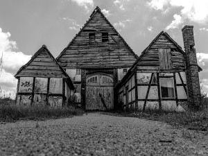 Rhode Island Farmhouse Live In The Real Conjuring House Attractions And Specialties