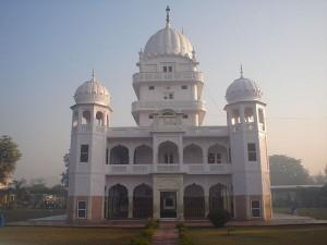 From Durgiana Temple To Gurudwara Fatehgarh Sahib Top Temples To Visit In Punjab