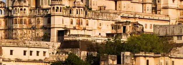 ബോളീവുഡിലൂടെ പ്രശസ്തി കൈവരിച്ച   ഇന്ത്യൻ ഇന്ത്യയിലെ സ്ഥലങ്ങള്