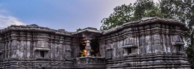 നക്ഷത്രം പോലെ ആയിരം തൂണുകളുള്ള അപൂര്വ്വ ക്ഷേത്രം