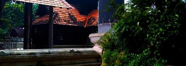 ലോകത്തിലെ ഏറ്റവും വലിയ ശിവലിംഗം സ്ഥിതി ചെയ്യുന്ന പത്മനാഭന്റെ നാട്ടിലെ ക്ഷേത്രം