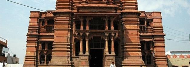 ശ്രീകൃഷ്ണന്റെ ബാല്യകാല സ്മരണകളുറങ്ങുന്ന വൃന്ദാവൻ